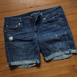 AEO stretch distressed shorts 10